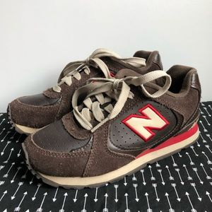 Boys New Balance 525 brown shoes size 13.5